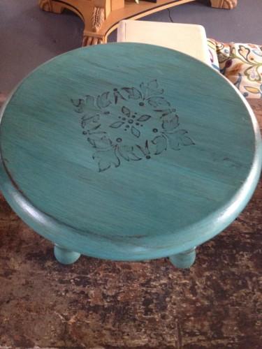sm stool embedded stencil