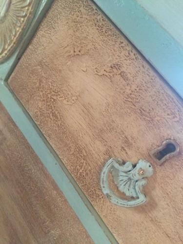 $25 Dresser Painted - Texture