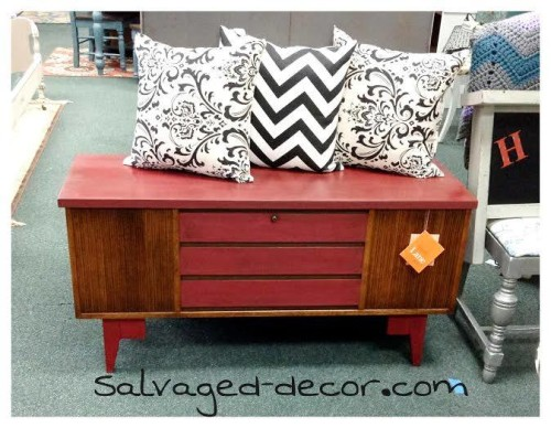 Salvaged Decor fwr