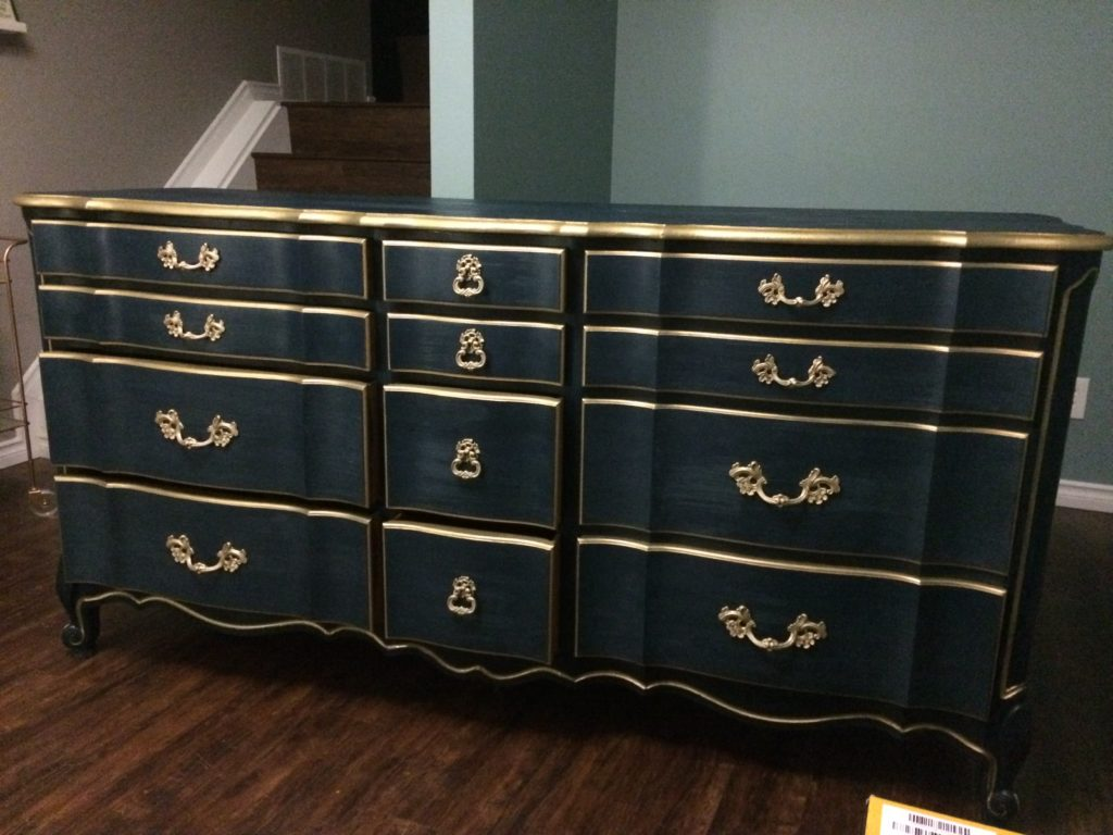 Eco friendly navy blue paint makes furniture look grand for Navy blue painted furniture