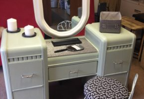 Repainting a Vanity for Wedding Pictures